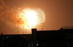 一眼レフデジタルカメラで撮影した花火