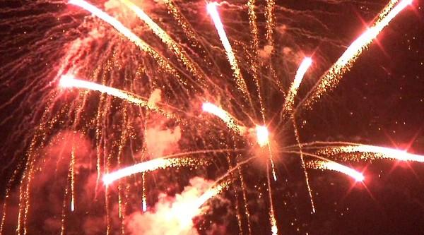 ハイビジョンビデオカメラで撮影した花火。その5